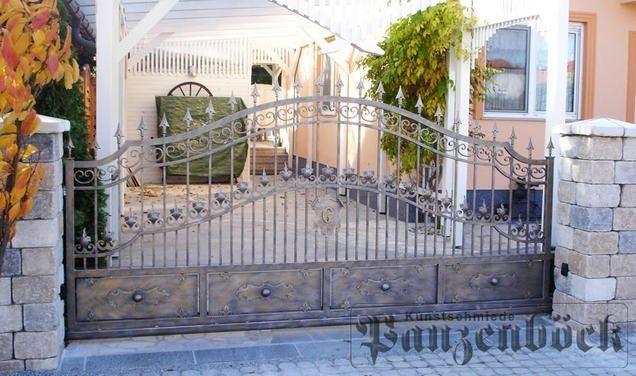 Schmiedeeisen Tore & Türen