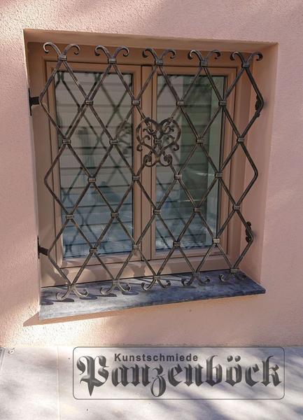 Fenstergitter Schmiedeeisen
