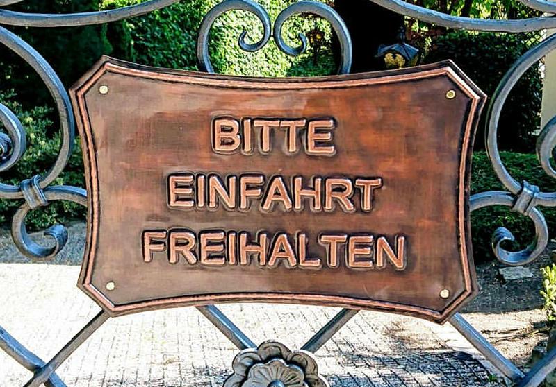 """Kupfertafel """"Einfahrt-Freihalten"""""""